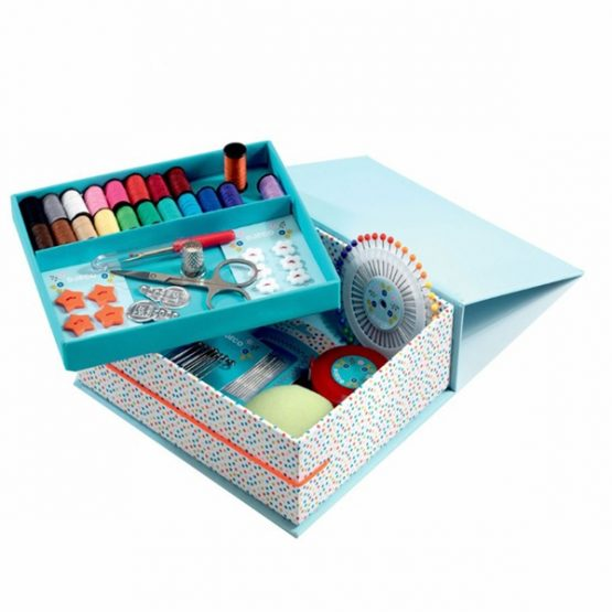 Djeco – My Sewing Box